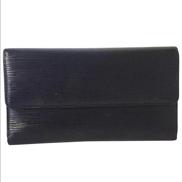 Louis Vuitton Handbags - Louis Vuitton black epi leather Sarah wallet